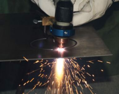 So sánh 2 phương pháp cắt bằng khí và cắt bằng plasma