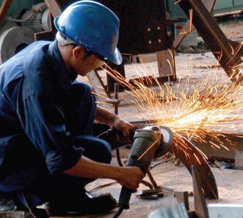 An toàn lao động trong phân xưởng