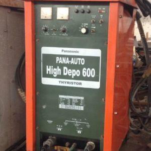Máy hàn hồ quang chìm Panasonic 600